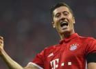 """Levandovskis mača beigās nodrošina """"Bayern"""" uzvaru Gelzenkirhenē"""