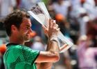 Federers trešo reizi šogad sakauj Nadalu un triumfē Maiami