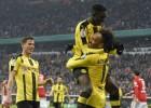 """Dortmunde varonīgi atspēlējas un izslēdz """"Bayern"""" no kausa izcīņas"""