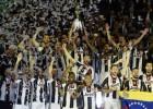 """Turīnas """"Juventus"""" trešo gadu pēc kārtas izcīna Itālijas kausu"""