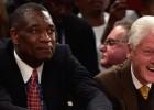 """Mutombo meklē partnerus, ar kuriem iegādāties """"Rockets"""""""