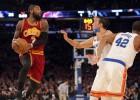 """""""Knicks"""" vēlas iegūt Ērvingu, bet atteiktos maiņas darījumā iekļaut Porziņģi"""