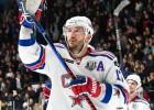 Kovaļčuks atzīts par KHL nedēļas labāko uzbrucēju