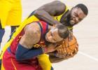 """Lebronam 32 punkti """"Cavaliers"""" otrajā uzvarā, izlīdzinājumu panāk arī """"Wizards"""""""