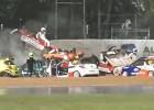 Video: Lietus dēļ 11 automašīnas avarē vienā līkumā