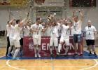 """Video: """"Petrow"""" izcīna savu pirmo Latvijas telpu futbola čempiontitulu"""
