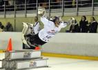 "Foto: ""Red Bull Crashed Ice"" audzē muskuļus Valmierā"
