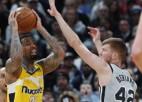 """""""Spurs"""" neveiksmes turpinās, Bertāns bez punktiem, Jokičam atkal """"triple-double"""""""
