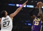 """Lebronam 32+10+7 """"Lakers"""" pirmajā uzvarā, Taunss izceļas ar 37+15+8"""