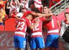 """Jaunpienācēja """"Granada"""", piepalīdzot <i>El Clásico</i> pārcelšanai, kļūst par turnīra līderi"""