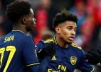 """""""Arsenal"""" atspēlējas no 0:2 un uzvar grupā, """"Lazio"""" un Kijevas """"Dynamo"""" tālāk netiek"""