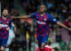 """17 gadus vecais Fati gūst abus vārtus """"Barcelona"""" uzvarā"""