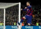 """""""Barcelona"""" izmocīta uzvara, cīņa par titulu turpinās"""