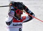 Dramatiskā milzu slalomā negaidīti uzvar Fevrs, izcīnot otro zeltu