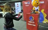 Foto: EuroBasket čempionu kauss Arēnā Rīga