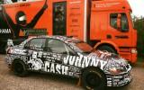 "Foto: Sportisti gatavojas ""Rally Talsi"", Berķa mašīnai unikāls dizains"
