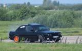 Foto: Ātruma cienītāji <i>svilina</i> riepas autosprintā Rudē