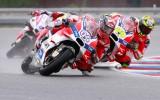 Foto: Aizraujošais MotoGP posms žūstošajā Brno trasē
