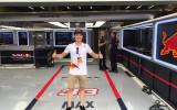 Foto: Jonass apmeklē F1 posmu, tiekas ar Rikjardo un Kvjatu