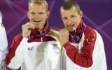 Foto: Pļaviņš un Šmēdiņš izcīna Latvijai bronzas medaļu