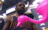 "Video: NBA ""play-off"" otrās nedēļas jocīgākie momenti"