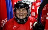 Video: 80 gadus veca kundze ir hokeja komandas kapteine