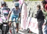 """Aru uzvar """"Giro d`Italia"""" 19. posmā un samazina Kontadora pārsvaru"""