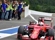 """Laikraksts: """"Starp """"Ferrari"""" un """"Pirelli"""" sācies karš"""""""