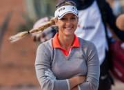 Golfere Laura Jansone izcīna vietu  Eiropas profesionāļu tūrē