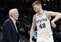 """""""Spurs"""" rezervistu likteņi un Bertāna krietni pieaugusī vērtība NBA tirgū"""