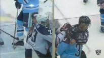 KHL tiesnesis mēģina izjaukt kautiņu, bet dabū pa muti
