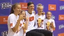 Iedvesmas brīdis: Porziņģis tiekas ar 250 jaunajiem basketbolistiem