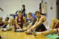 Basketbola izlase sāk gatavošanos