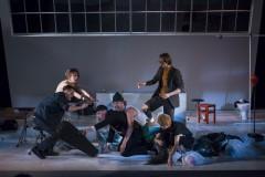 """Fotogalerija: Režisors Dmitrijs Petrenko Dailes teātrī iestudējis izrādi """"Zēni"""""""