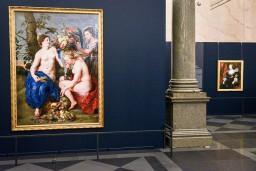"""""""PRADO 12 raksturi"""" kļuvusi par apmeklētāko izstādi Mākslas muzejā RĪGAS BIRŽA"""