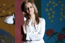 Uz krāšņu Ziemassvētku koncertu aicina dziedātāja Gunta Gelgote un Latvijas Nacionālais simfoniskais orķestris