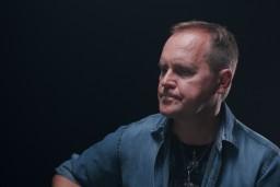 """Video: Guntars Račs albumam """"Mīlestība ir"""" iedzied savu dziesmu"""