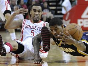 """""""Celtics"""" iegūst Lī, Brauns paliek Fīniksā"""
