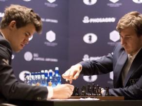 Karlsens un Karjakins pasaules čempionu šahā noskaidros ātrspēlēs