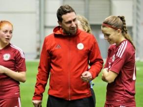 Sieviešu izlases treneris Matīss: ''Esmu lepns par mūsu komandu''