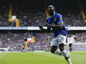 ''Hull'' svarīga uzvara, ''Everton'' grauj
