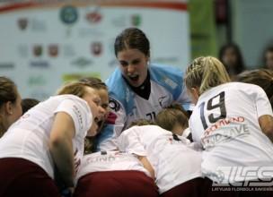 Izlases kandidātēm treniņnometne Kocēnos un turnīrs Polijā