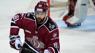 Video: KHL nedēļas spēka paņēmienos arī rīdzinieks Gilīss