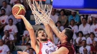 """Siliņš un """"Reggio"""" uzvar septīto spēli, cīnīsies par zeltu Itālijā"""