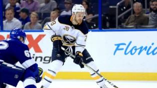Girgensons šonakt izlaidīs spēli pret NHL līdervienību