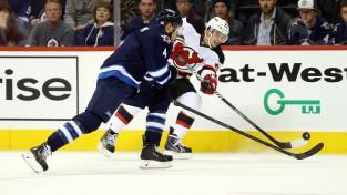 """200 spēles NHL aizvadījušais Postma pievienojas """"Ak Bars"""""""
