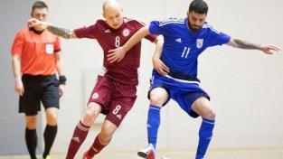 Telpu futbola izlase PK kvalifikāciju Jelgavā sāk ar bezvārtu neizšķirtu