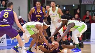 """FIBA Eiropas kausa finālā iekļūst """"S.Oliver"""" un """"Dynamo"""""""