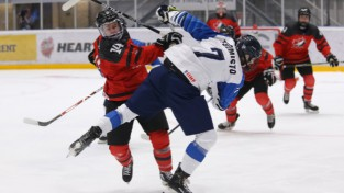 U18 čempionāts: Baltkrievija pārsteidz Čehiju, Somija izlaiž 3:0 pret Kanādu
