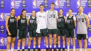 """Rīgā noslēgusies NBA nometne """"Basketball Without Borders"""""""